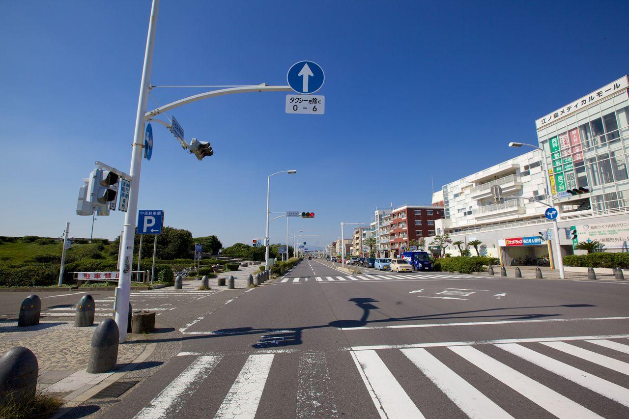 中部駐車場への左折